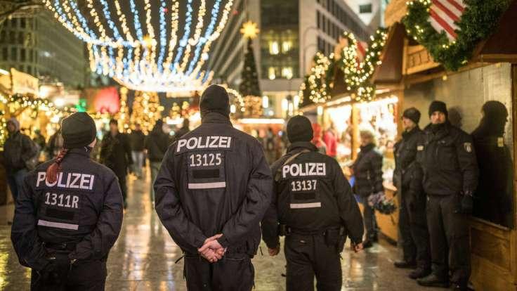1911766469-weihnachtsmarkt-breitscheidplatz-anschlag-terror-polizei-UusohVv5aNG